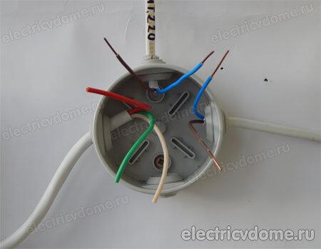 подключение проводов в коробке