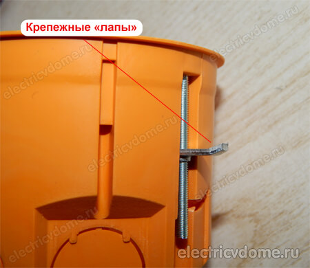Установка подрозетников в гипсокартон